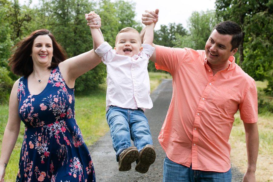 Eugene, OR Children's Photographer {Family of 3}
