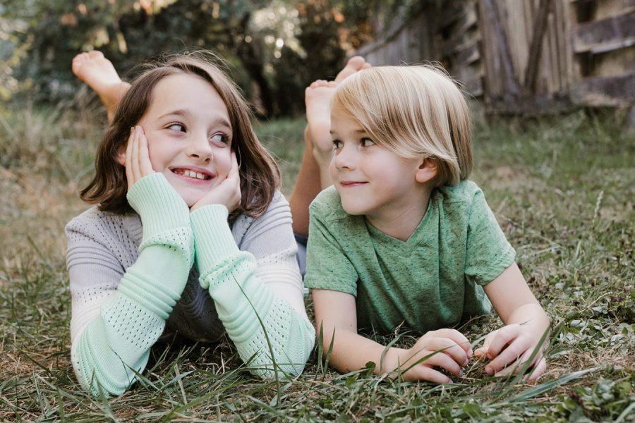 Eugene, OR Children's Photographer {Happy Siblings!}
